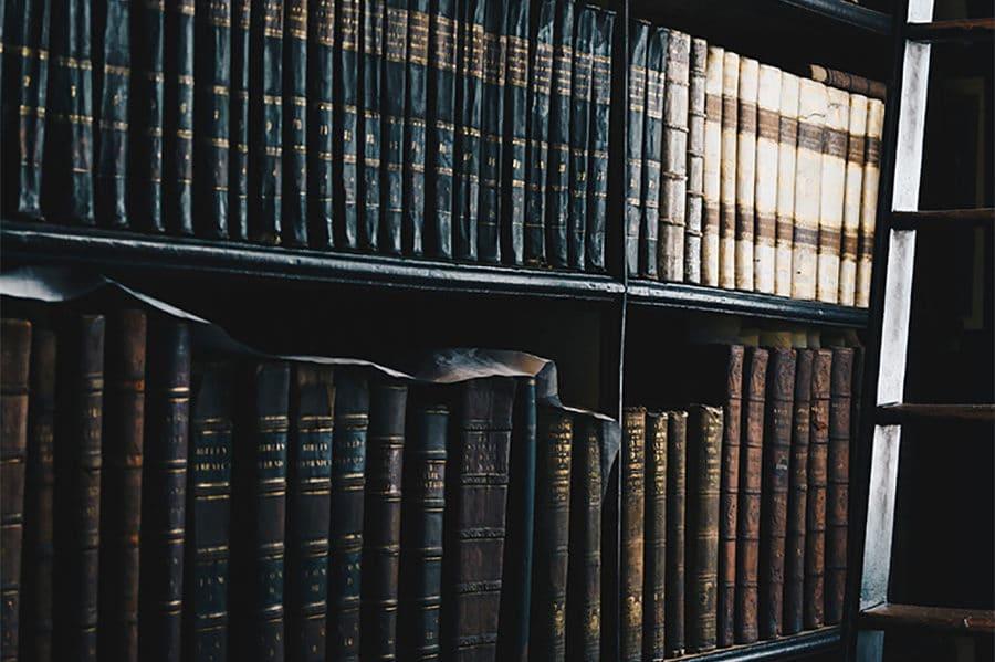 Erbrecht, Testament, Pflichtanteil, Ehegatten, Anwalt Potsdam